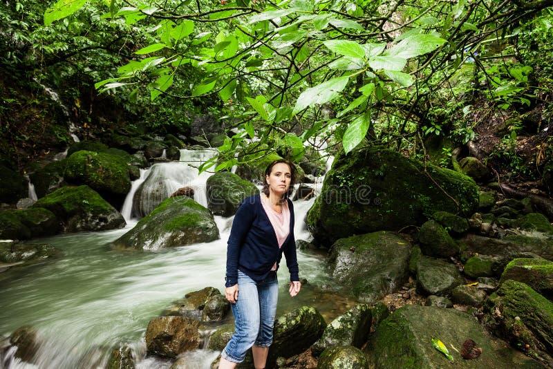 De watervallen van Chorrolas Mosas, langs Rio Anton in Gr Valle DE Anton royalty-vrije stock afbeelding