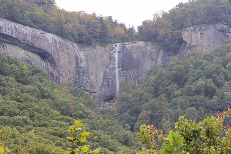 De Watervallen van de schoorsteenrots stock fotografie