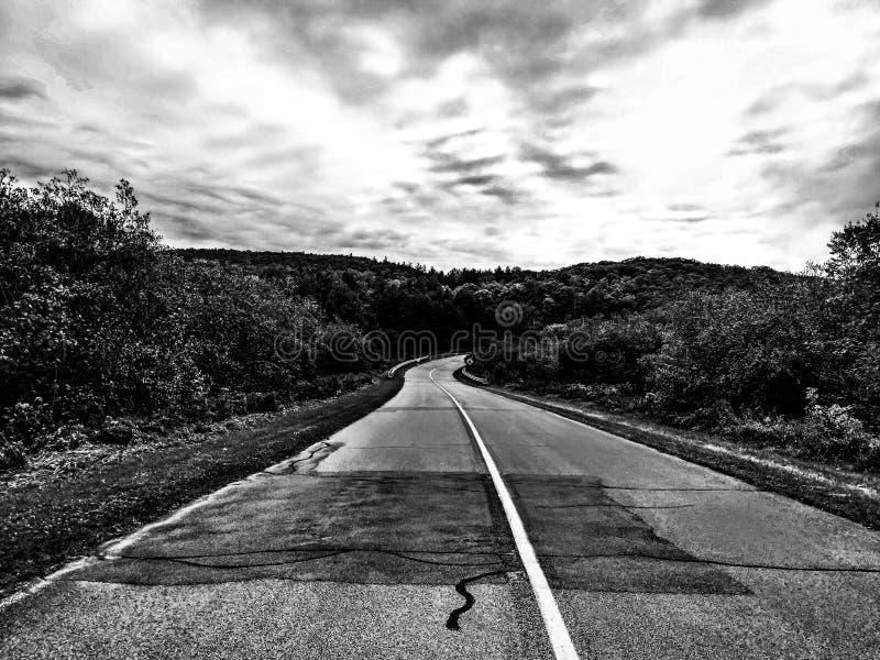 De weg aan nergens stock foto's