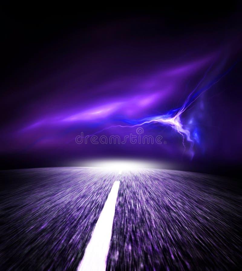 De weg van de nacht. Hemel met Flits. royalty-vrije stock afbeelding