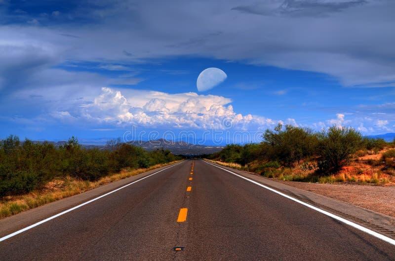 De Weg van de woestijnberg royalty-vrije stock afbeelding
