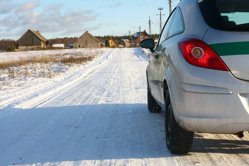 De weg van het dorp stock fotografie