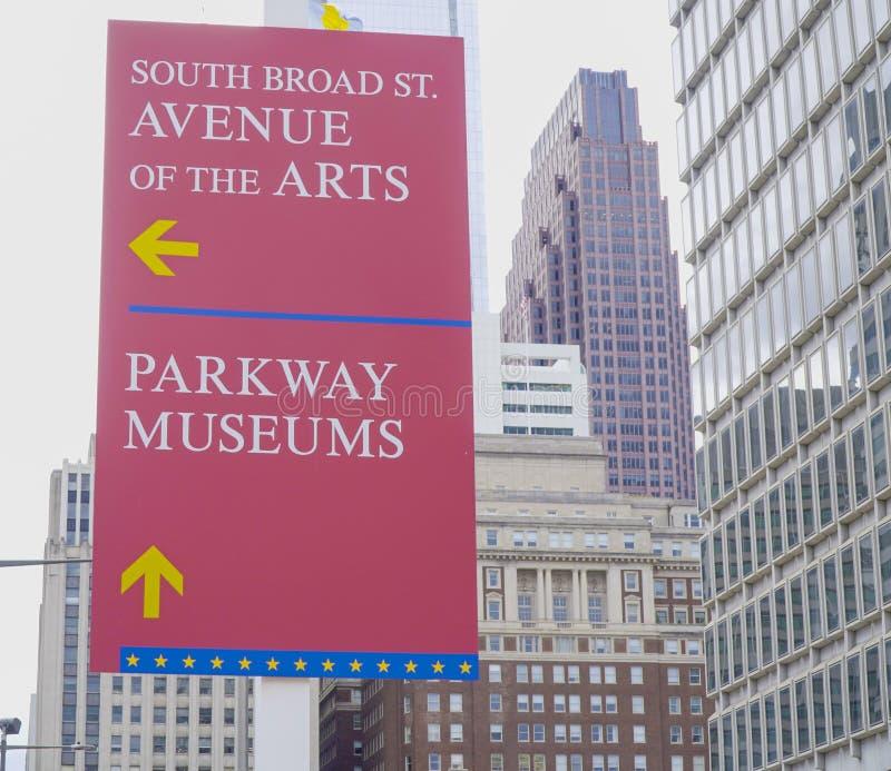 De Weg van het richtingsteken van de Kunsten in Philadelphia - PHILADELPHIA - PENNSYLVANIA - APRIL 6, 2017 royalty-vrije stock foto's
