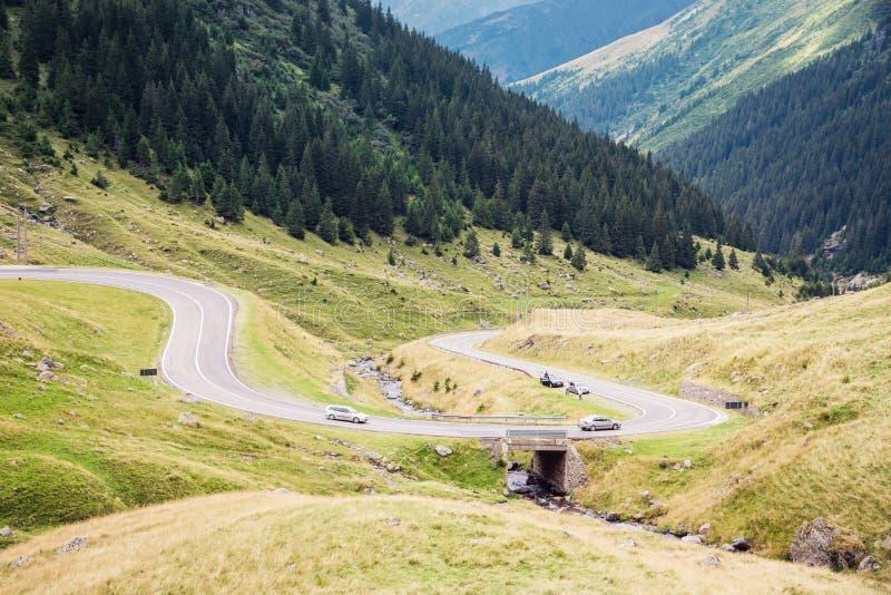 De weg van de Transfagarasanberg Één van de mooiste wegen in Europa, Roemenië stock afbeeldingen
