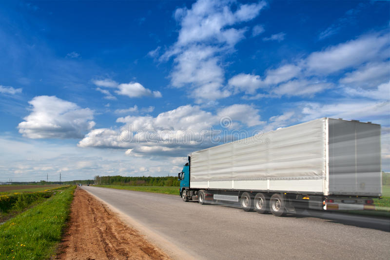 De wegsnelheid van de vrachtwagen royalty-vrije stock foto's