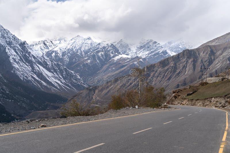 De wegweg in Jammu en Kashmir royalty-vrije stock afbeelding