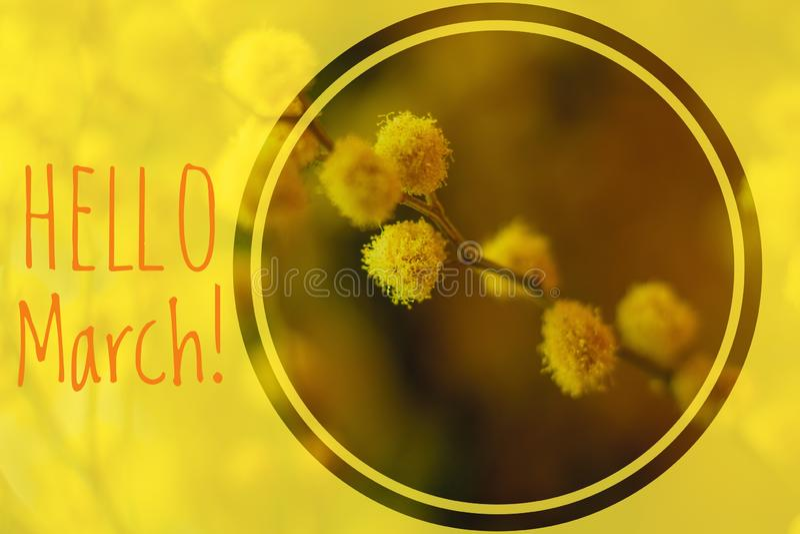 De Welkome kaart van maart van de groetkaart hello het begin van de lente stock afbeeldingen