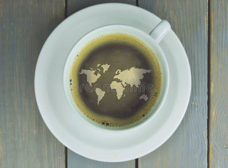 De Wereldkaart Van De Koffiekop Stock Foto