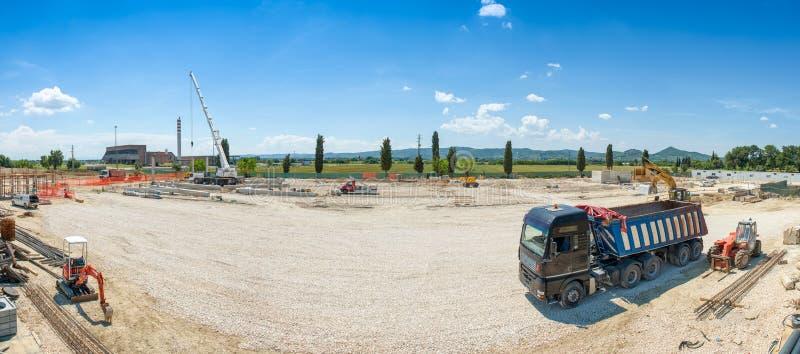 De werken lopend op costructionplaats, panorama stock fotografie