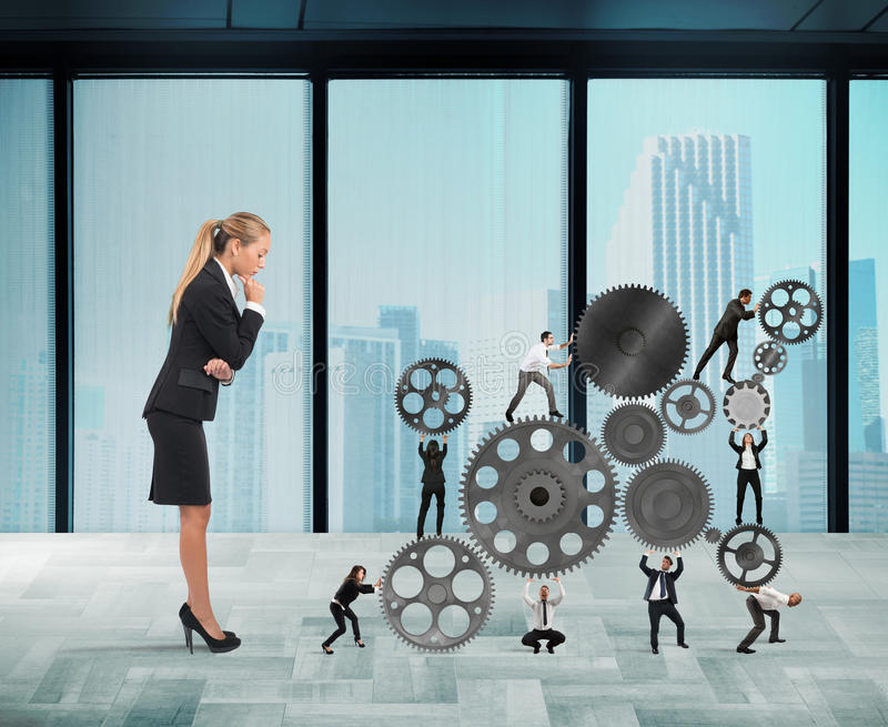 De werkgever bouwt een commercieel team stock fotografie