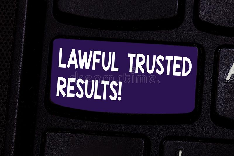 De Wettige Vertrouwde op Resultaten van de handschrifttekst Concept die Sluitend overeenkomst veilig door wettelijk contracten en royalty-vrije stock afbeeldingen