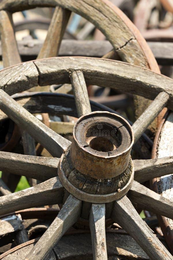 De wielen van de kar royalty-vrije stock afbeelding