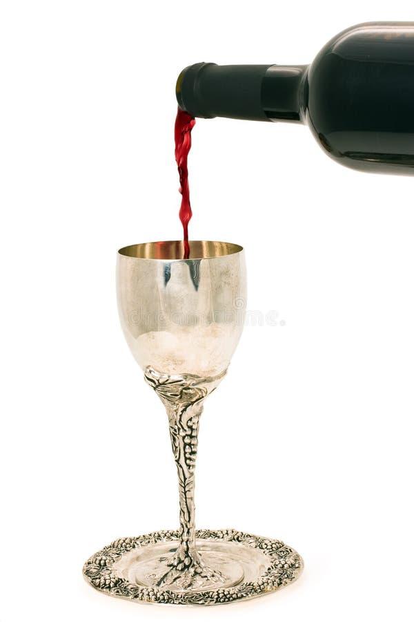 De wijn van Shabbats in de kop stock foto