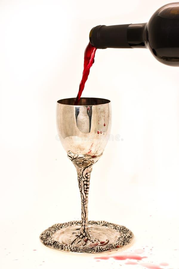 De wijn van Shabbats in de kop royalty-vrije stock afbeelding