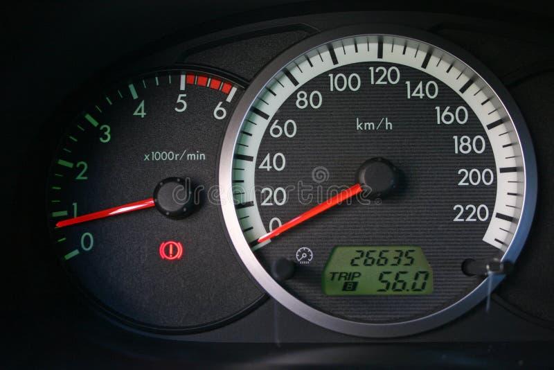 De wijzerplaten van de auto stock afbeeldingen
