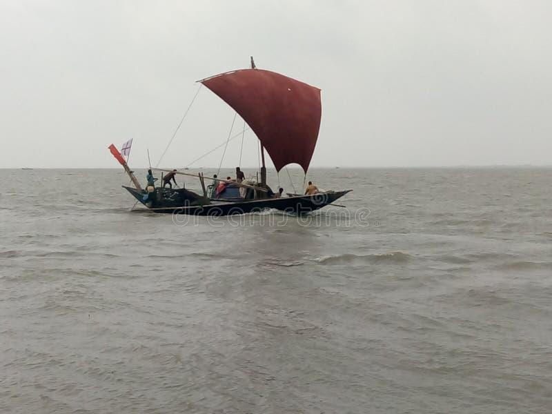 De windboot in de rivier royalty-vrije stock foto