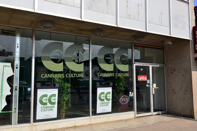 De winkel van de cannabiscultuur in Ottawa royalty-vrije stock foto