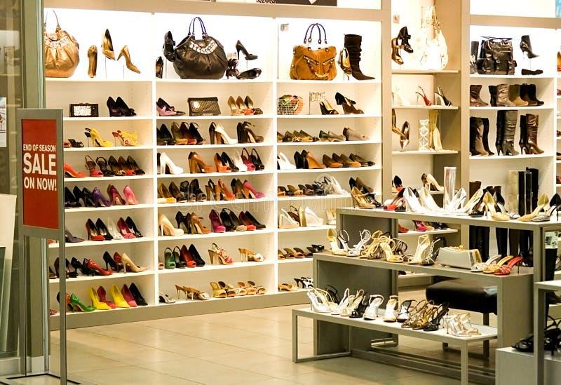 De Winkel van de schoen royalty-vrije stock afbeeldingen