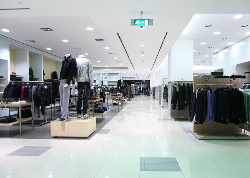 De winkel van kleren stock afbeelding