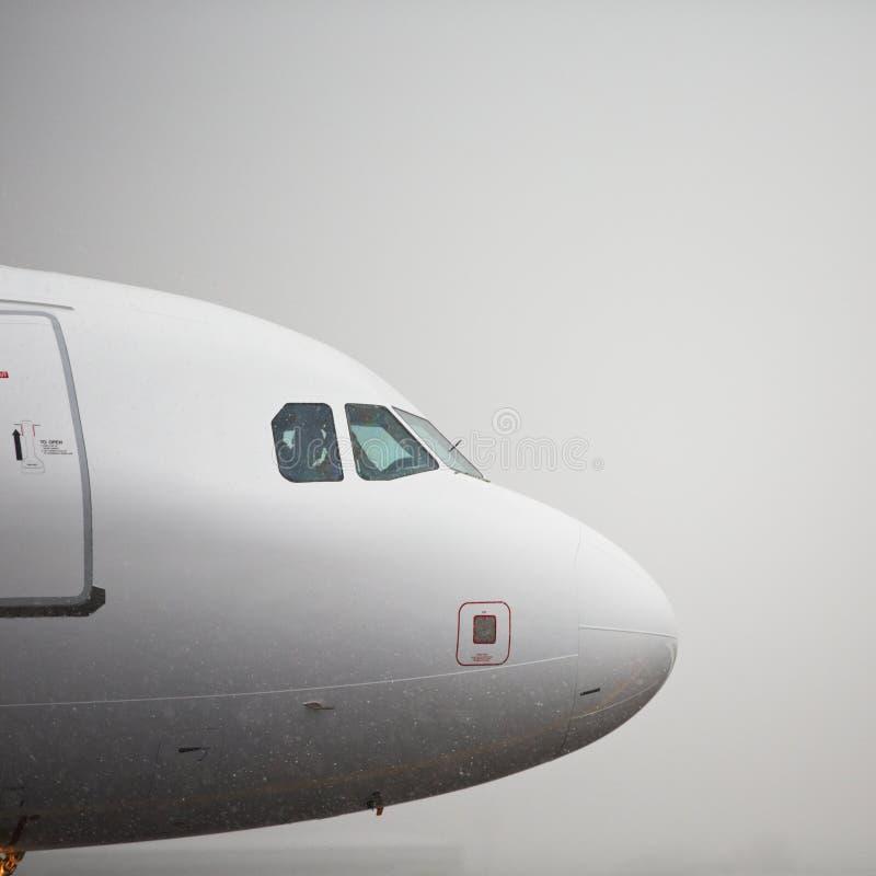De winter bij de luchthaven royalty-vrije stock fotografie