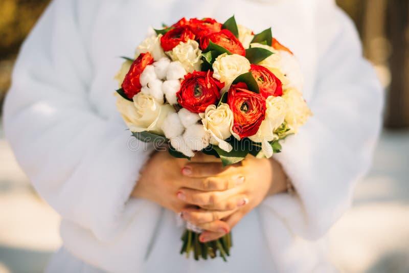 De winter bruids boeket stock foto