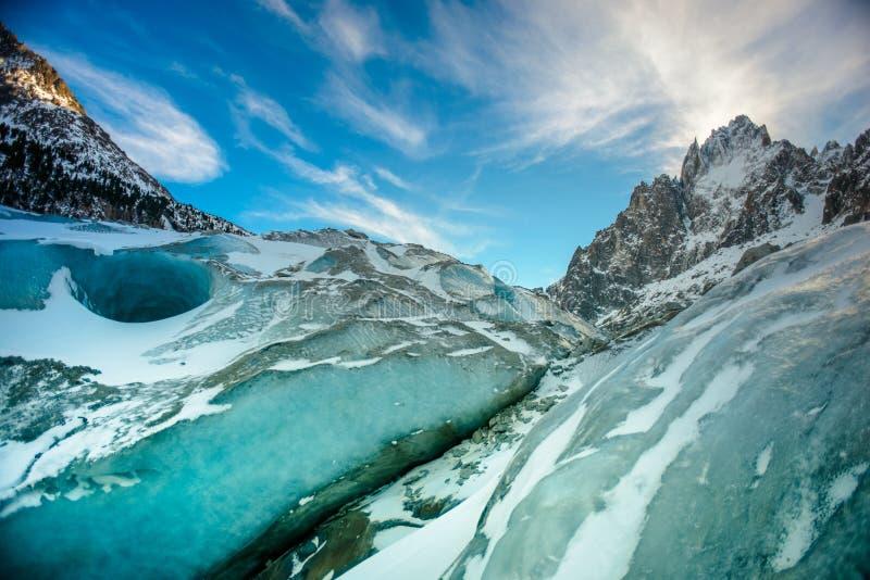 De winter in Chamonix stock afbeeldingen