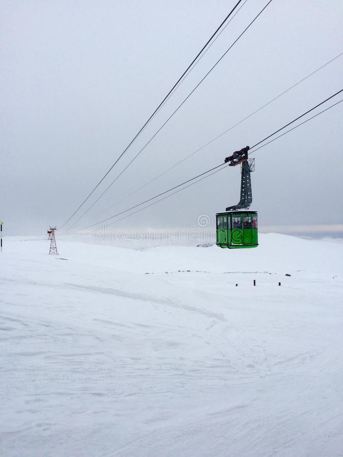 In de winter in de sneeuw bij hoge hoogte royalty-vrije stock foto's