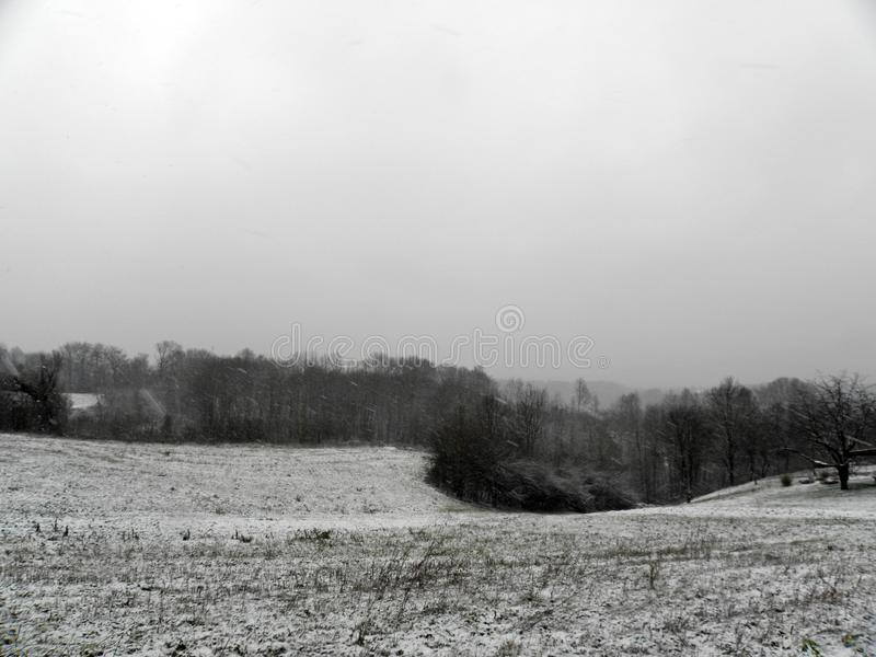 De winter door Komst, Kroatische plattelandsgebieden, 12 royalty-vrije stock fotografie