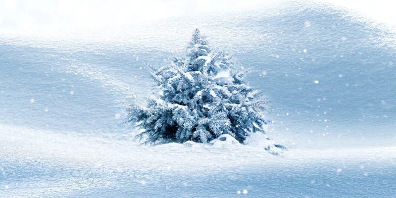 De winter natuurlijke achtergrond Kerstboom in de Sneeuw snowing De ruimte van het exemplaar royalty-vrije stock afbeeldingen