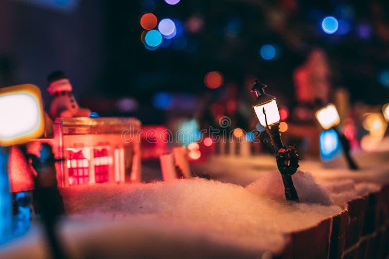 De winter in Plasticville stock foto's