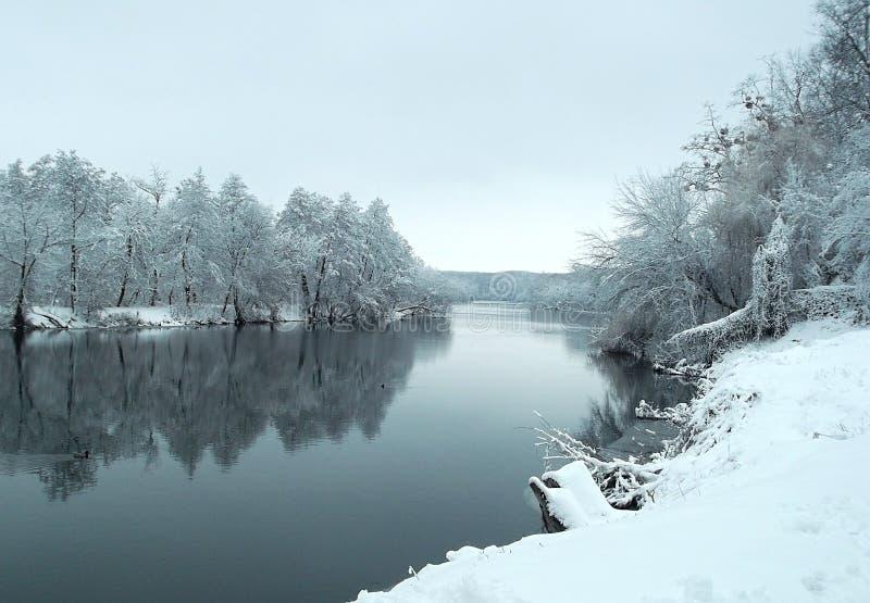 De winter in regen royalty-vrije stock foto
