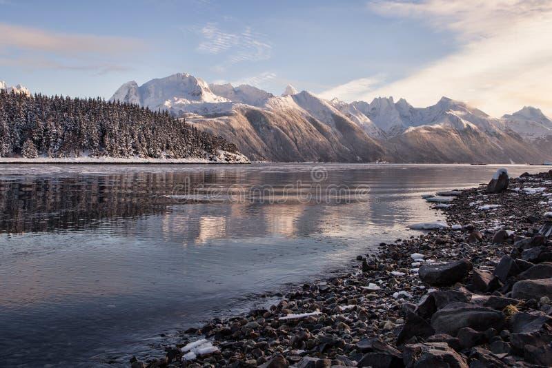 De winter vóór zonsondergang stock fotografie