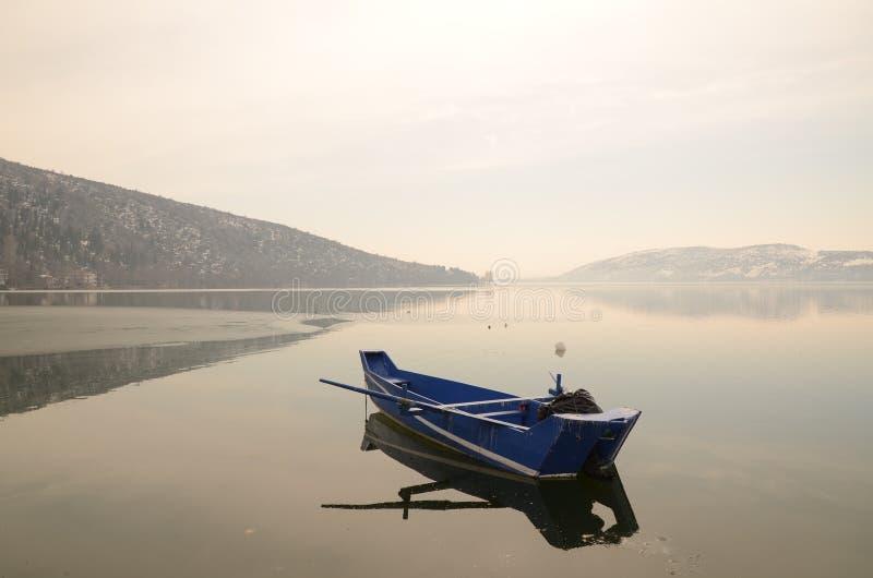 De winterboot in Griekenland stock fotografie
