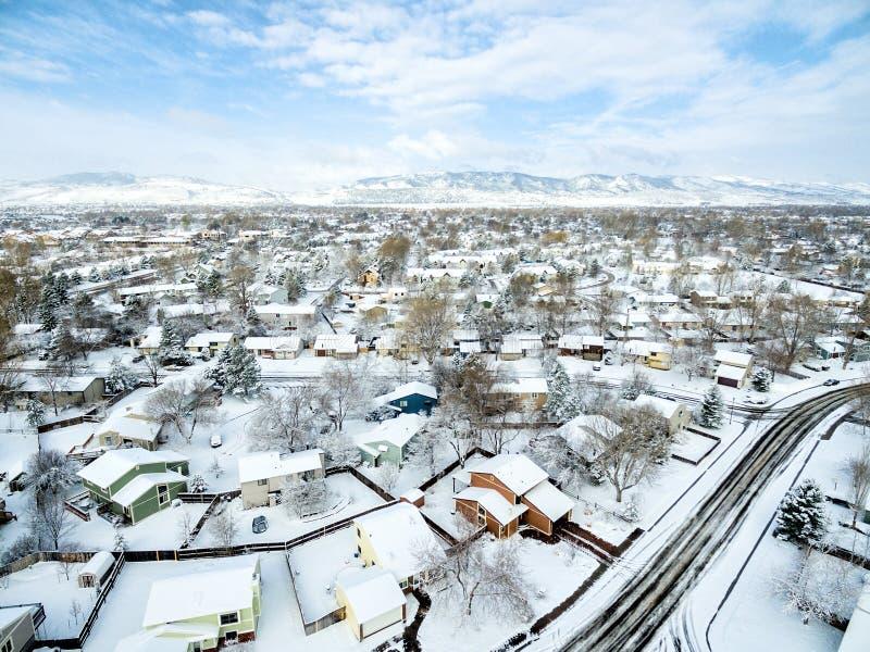 De wintercityscape van fortcollins stock afbeelding