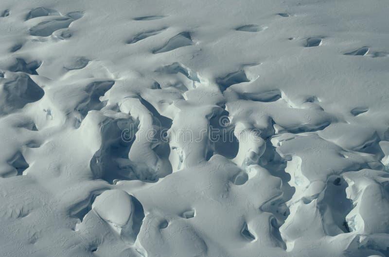 De winterijs en aard stock afbeelding