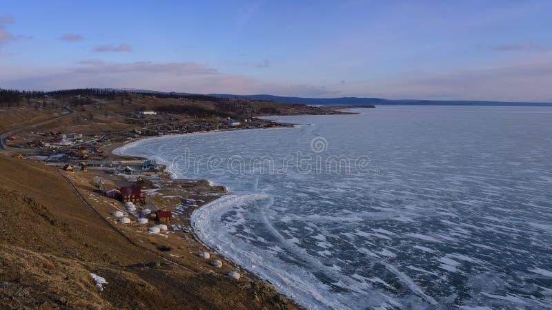 De winterlandschap van Mongolië Meer Hubsugul stock fotografie