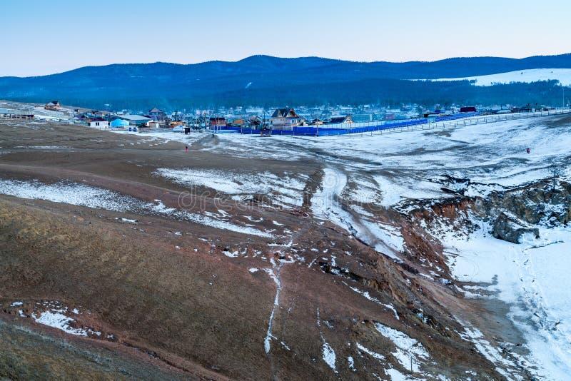 De winterlandschap van Olkhon-Eiland bij Meer Baikal royalty-vrije stock fotografie