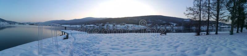De wintermeer royalty-vrije stock afbeeldingen