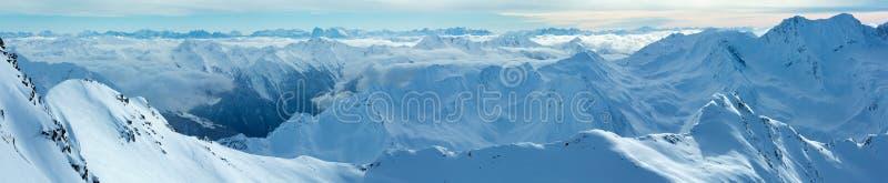 De wintermening van Dolomitenalpen (Oostenrijk) Panorama stock fotografie