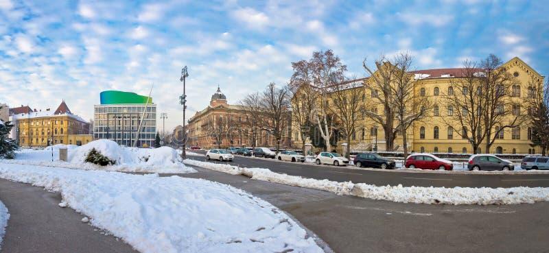 De wintermening van het vierkant van HofmaarschalkTito in Zagreb stock foto's