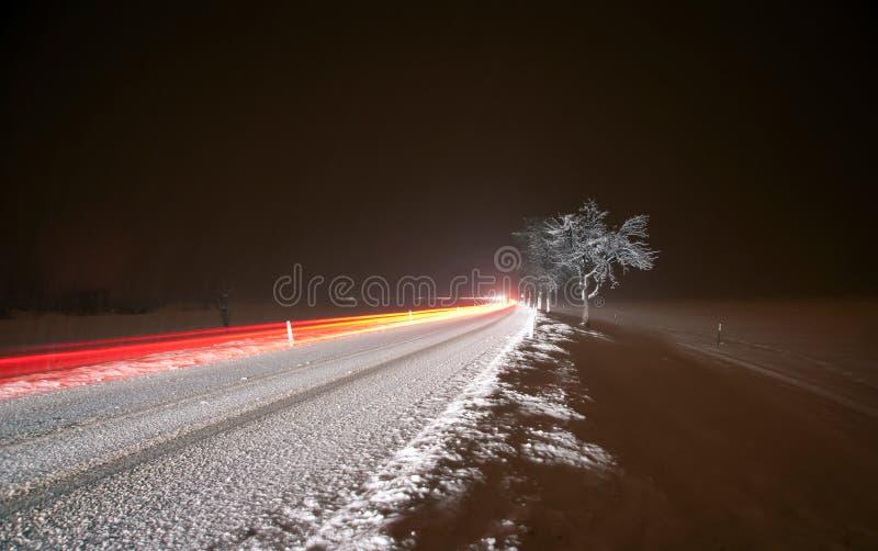 De winternacht het Drijven stock foto's