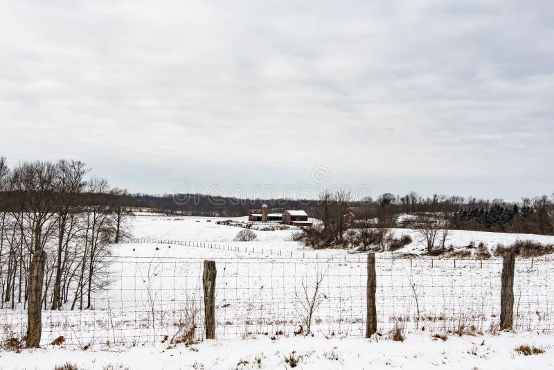 De winterscène van landbouwgrond in Ohio royalty-vrije stock foto