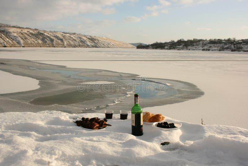 De winterstilleven op de rivier stock afbeelding
