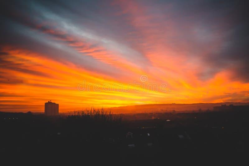 De winterzonsopgang over de Zuidenkant van Glasgow royalty-vrije stock fotografie