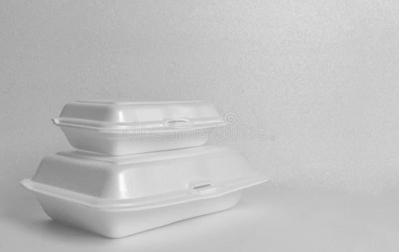 De witte containers van het schuimvoedsel royalty-vrije stock afbeeldingen