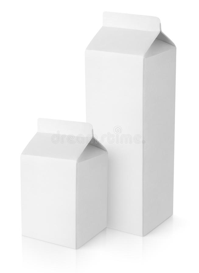 De witte lege pakketten van het melkkarton stock afbeeldingen