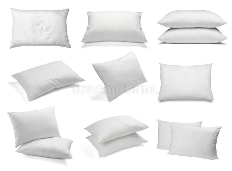 De witte slaap van het hoofdkussenbeddegoed royalty-vrije stock foto's