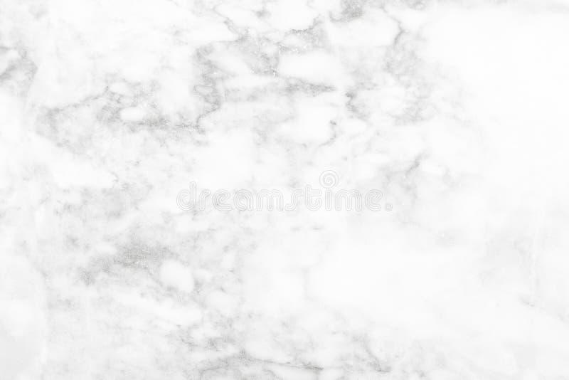 De witte zwarte marmeren oppervlakte voor doet de ceramische tegen witte lichte grijze zilveren achtergrond van de textuurtegel stock fotografie