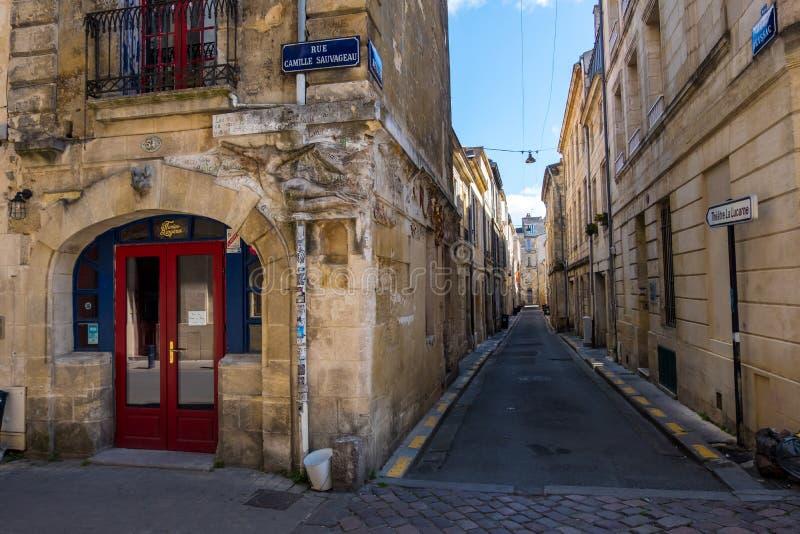 De Woede Bergeres van Les van de nachtbar is een lokaal oriëntatiepunt van Bordeaux, Frankrijk royalty-vrije stock fotografie