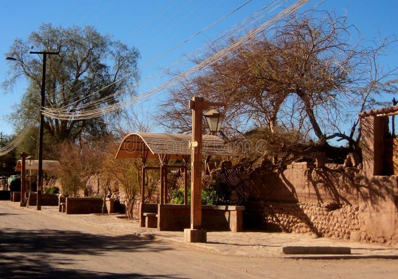 De woestijn Chili van de straatmening San Pedro DE atacama stock afbeeldingen